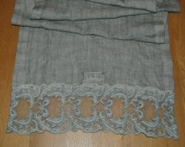 Tafelloper Arte Pura Motivi linnen met PF kant kleur granito old 40x160 cm