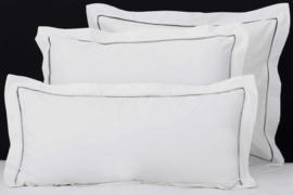 Flamant kussenslopen Mix&Match Hemstitch white - grey 50% bamboe - 50% katoen set van 2 stuks verschillende maten leverbaar