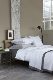 House in Style plaid Lille wafelkatoen met antracite  linnen bies 250x260 cm