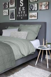 House in Style nice sprei - plaid 250x260 cm kleur mud