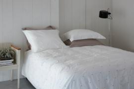 House in Style dekbedovertrek Vadena wit met borduurwerk maat lits-jum organic katoen