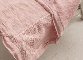 Arte Pura Gralla ligstoelhoes linnen met rozenkant 70x190 cm