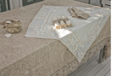 Arte Pura design linnen tafelkleed met PL kantrand meerdere kleuren en verschillende maten leverbaar