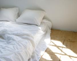 Dekbedovertrek Passion for linen Sara stonewashed linnen kleur wit met broderie