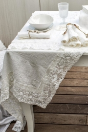 Arte Pura - design tafelkleed met PT kantrand, 100% linnen, 60 x 60