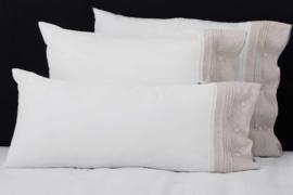Set kussenslopen Flamant Chic white - sand TENCEL zachter kan niet verscillende maten leverbaar