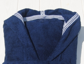 Badjas Taubert Wellnes badstof met capuchon kort model kleur navy