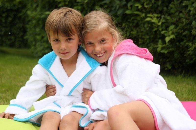 Kinder badjas met witte of gekleurde capuchon badstof A&R 128  t/m 164