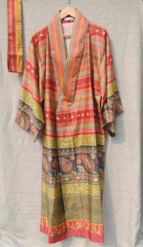 Kimono Bassetti Cervino V2 rosso katoenen satijn S/M en L/XL