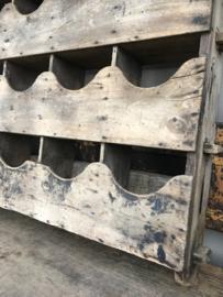 Origineel Oude oud vergrijsd Houten vakkenkast gruttesrschap gruttersbak postvak winkelkast vakken wandrek 12-vaks