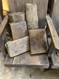 Oude houten plankjes plankje offerplankje snijplankje landelijk stoer robuust