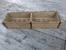 Oud houten bakje schaal schaaltje mal dubbele 2vaks met handvaten vakkenbak baksteenmal landelijk