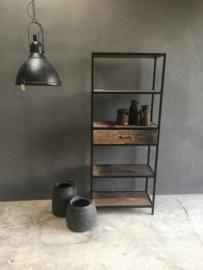 Gave metalen kast 170 x 70 x 35 cm met oud railway houten planken en lade la landelijk industrieel vintage zwart hout naturel vintage stoer