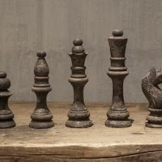 Grijs houten schaakspel schaakstukken decoratie landelijk vergrijsd oud hout