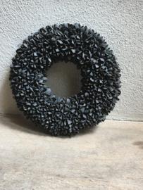 Bakuli wreath krans beukennootjes zwart black mat vergrijsd 40 cm grijs beuk landelijk