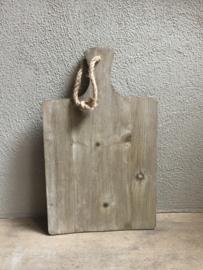 Stoere vergrijsd houten broodplank met jute touw 47 cm kaasplank snijplank landelijk