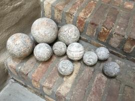 Houten bol grijs 15 cm bal ballen bollen vergrijsd whitewash decoratie landelijk stoer brocant