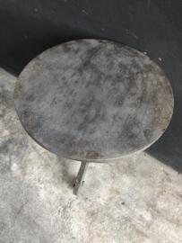 Vergrijsde grijs houten rond bijzettafeltje tafel tafeltje wijntafel wijntafeltje landelijk stoer 60 cm