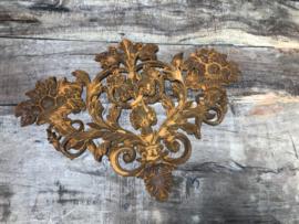 Gietijzeren ornament roest bruin landelijk
