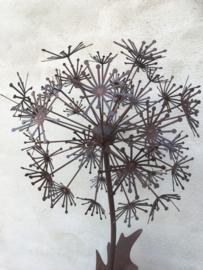 Grote metalen bloem 135 cm tuindecoratie roest lelie tulp groot roest groot berenklauw bereklauw