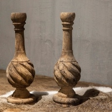 Oud houten kandelaar kandelaars dinerkaars landelijk stoer sober brocant