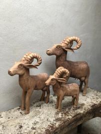 Houten ram bok beeld landelijk stoer hout stoer steenbok middel medium