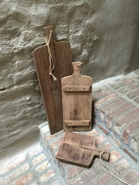 Stoere landelijke broodplank kaasplank snijplank met grof jute koord touw 70 cm