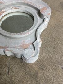 Houten spiegel spiegeltje osseoog ossenoog oeil de boeuf landelijk beige grijs vergrijsd hout