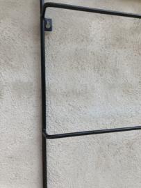 Zwart metalen wandrek beugel handdoekenrek 110 x 46 cm  plaid plaids