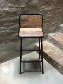 Industriele landelijke kruk barkruk met voetsteun 60 cm barhoogte hoog stoer industrieel vintage metaal grijs bruin