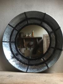 Grote ronde metalen spiegel rond 80 cm metaal industrieel stoer landelijk vintage grijs zwart