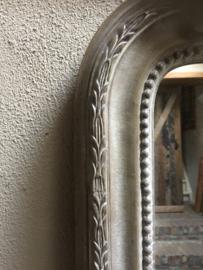 Stoere vergrijsd houten vergrijsde spiegel groot 150 x 108 cm oak eik eiken landelijk shabby met kuif kuifspiegel Classic klassiek lifestyle
