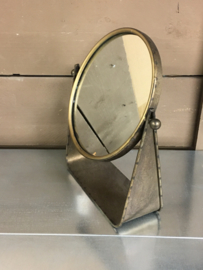 Metalen staande spiegel staand brons koper bruin kleur rond landelijk vintage retro