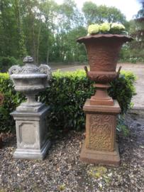 Mega grote gietijzeren tuinvaas gietijzer roest landelijk tuinpot ornament tuin