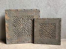 Stoere oude houten wandpanelen Plaat hout paneel bewerkt houtsnijwerk vintage Luik plank Wandpaneel landelijk  stoer wandornament 30 x 30 Old grey