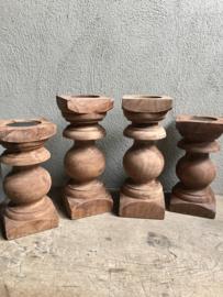 Oude naturel houten baluster console kandelaar landelijk vintage robuust pilaar sokkel stoer