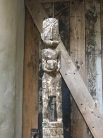 Prachtig zeer grote sober oud vergrijsd houten vrouw beeld 150-160 cm pop poppen ornament op statief patung pelampung standaard landelijk stoer chique
