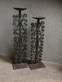 Prachtige oude smeedijzeren kandelaar bruingrijs 40 cm kandelaars Oosters landelijk industrieel stoer sober vintage
