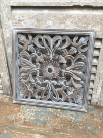 Stoer landelijk oud houten wandpaneel 45 x 45 cm grijs grijze wandornament luikjes wandpanelen wanddecoratie hout panelen luiken