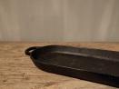 Gietijzeren plateau kaarsenhouder kandelaar dienblad schaal schaaltje landelijk metaal metalen industrieel zwart