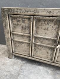 Stoere oude vergrijsd houten kast dressoir wandmeubel landelijk grijs hout deurtjes 121 x 40 x H85 cm