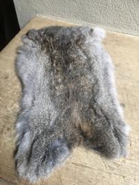 Nieuw donkergrijs konijnenVachtje haas konijn huid kleed velletje
