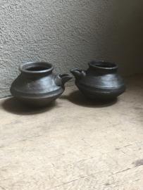 Oud stenen kruikje kannetje potje landelijk stoer grijs landelijk grijs antraciet