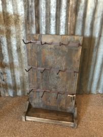 Stoer landelijk houten mokkenrek servies rek rekje kopjes sieraden hout sleutelrek