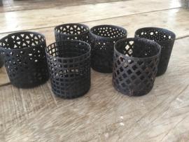 metalen theelicht theelichtje korf korfje los theelichtjes korfjes landelijk industrieel urban vintage bruin metaal