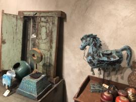 Blikken paard op standaard landelijk vintage old green oud groen turkoois turquoise blauwgroen landelijk horse