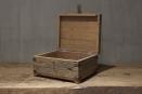 Leuk houten kistje gemaakt van oud doorleefd vergrijsd hout Urban small landelijk stoer industrieel