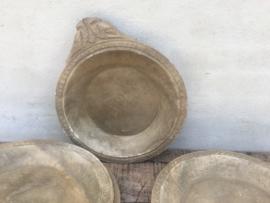 Grote oude stenen spekstenen hardstenen schaal landelijk & stoer marmer marmeren landelijk sober robuust