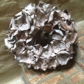 Prachtige vergrijsde krans palm cup wreath grey 100 cm
