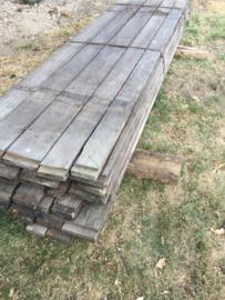 Oude vergrijsd houten planken plank losse wagonplanken wagondelen railway scheepsplanken truckwood losse planken